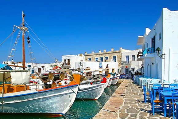 680-greek-village-paros-naousa